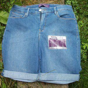NWT Denim Shorts Gloria Vanderbilt sz 8